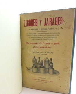 LICORES Y JARABES
